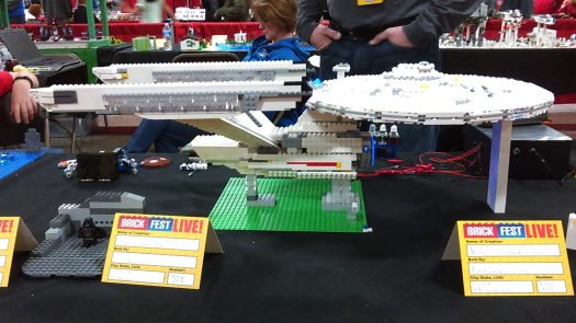 According to the builder, this was the NCC-1701 Enterprise (Refit). Yes, that's a little Shuttlecraft.